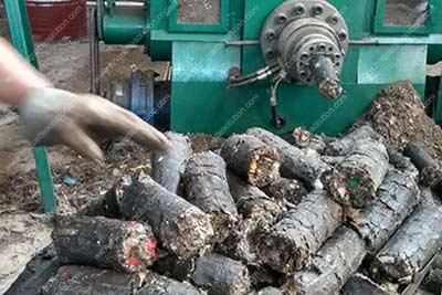 log briquette maker is making msw briquette